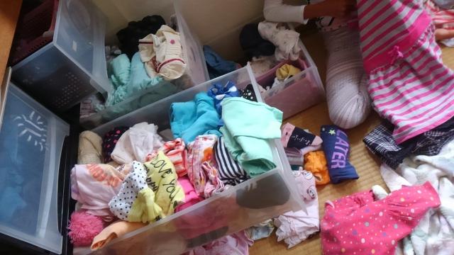思い出が詰まった子供服が捨てられない!捨てずに活用する方法4選